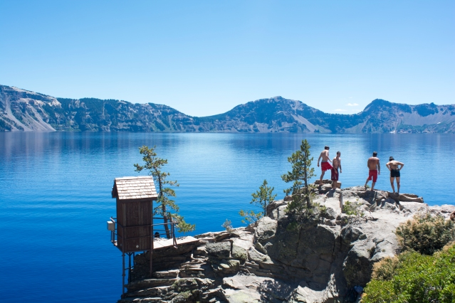 [ crater lake explore guide ]